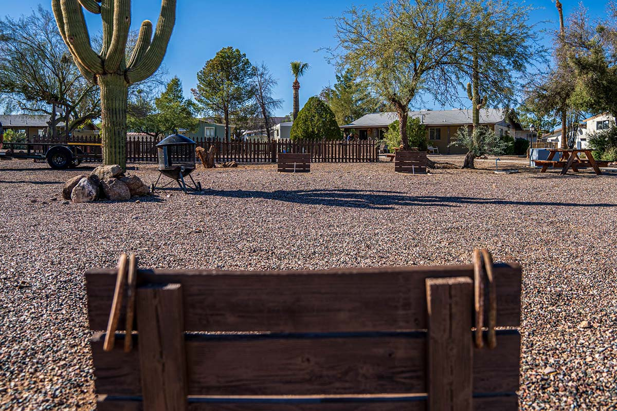 Country Club Mobile Home & RV Park Horseshoe Pits