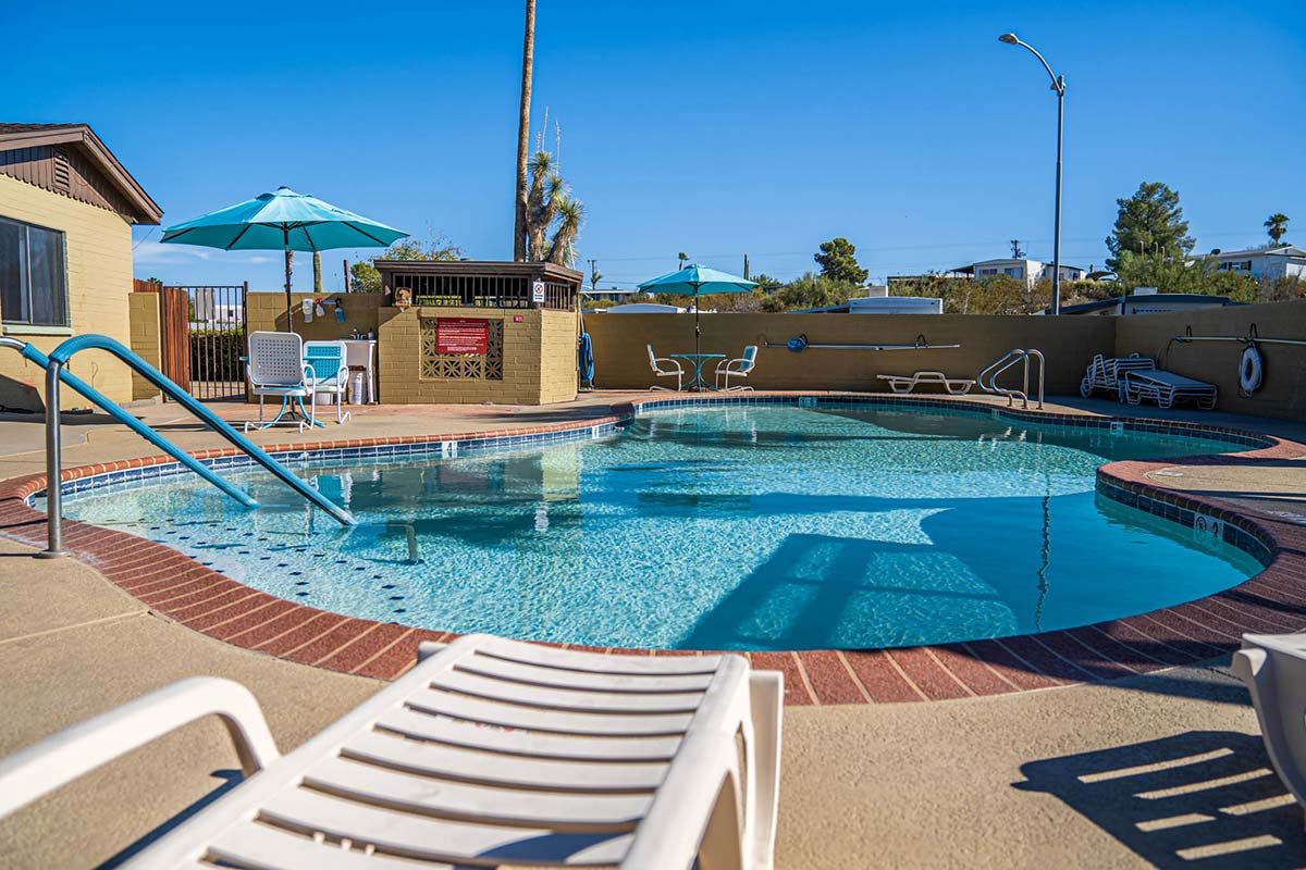 Seasonal heated pool at Country Club Mobile Home & RV Park
