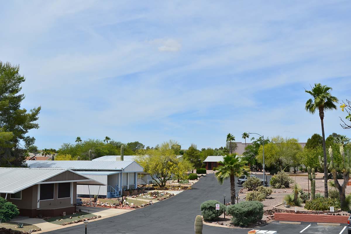 Street through Country Club Mobile Home & RV Park