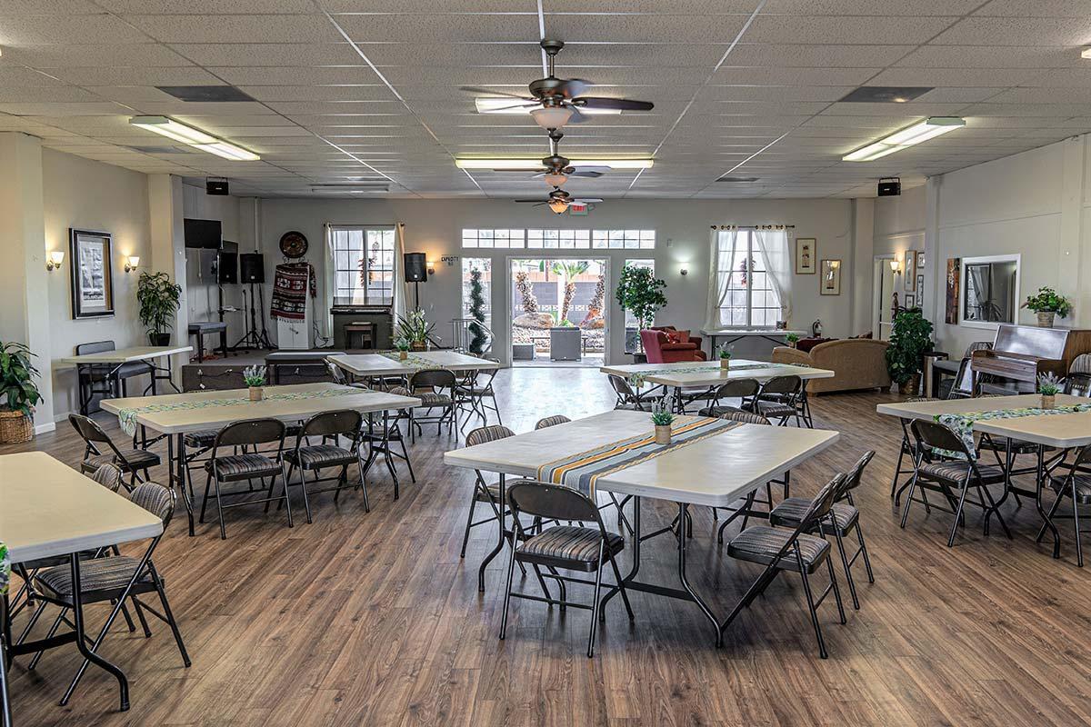 El Dorado Mobile Estates & RV Park large recreation room