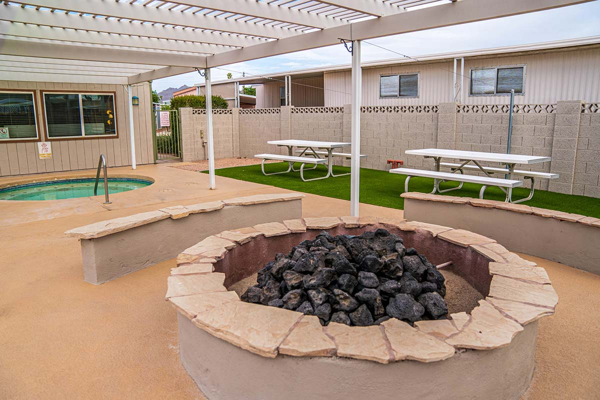 Ironwood RV & Mobile Home Park Gas Fire-pit
