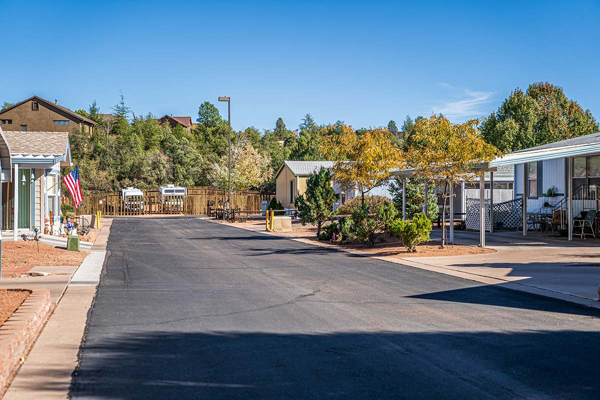 Paved streets throughout Lamplighter RV Resort & Park