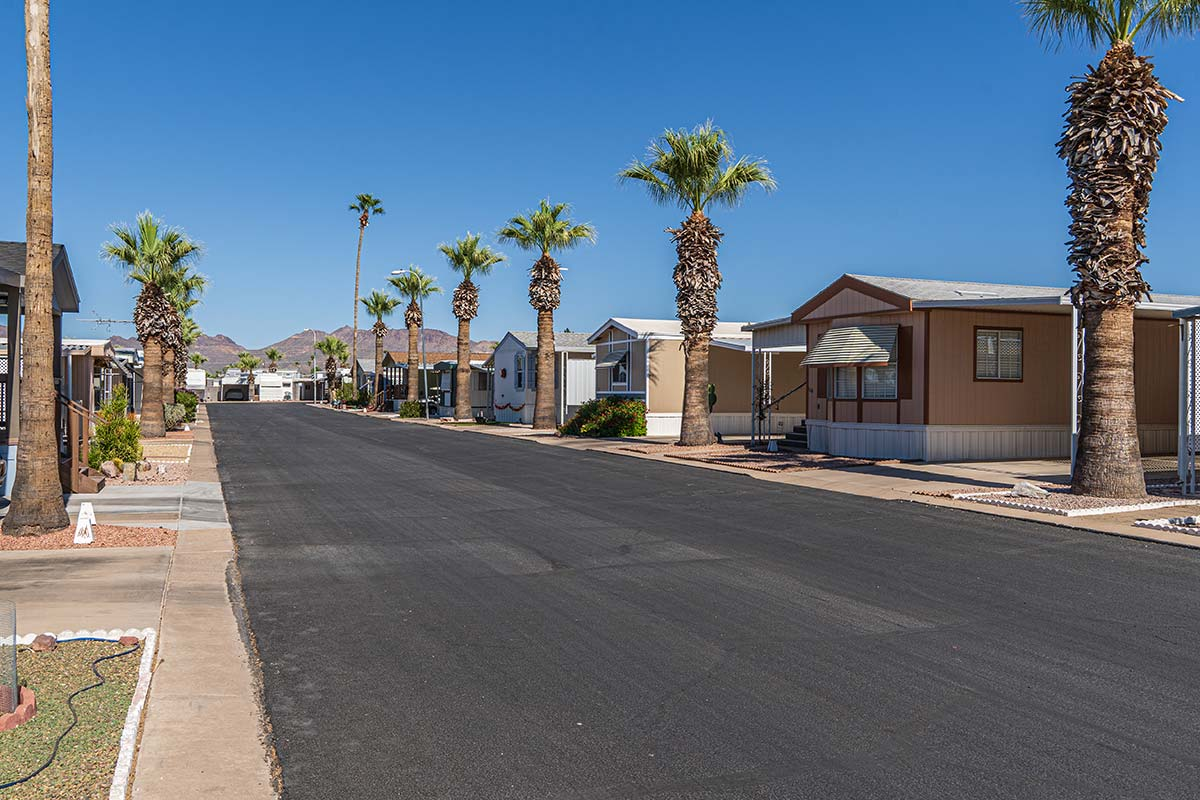 Paved streets through Meridian RV Resort