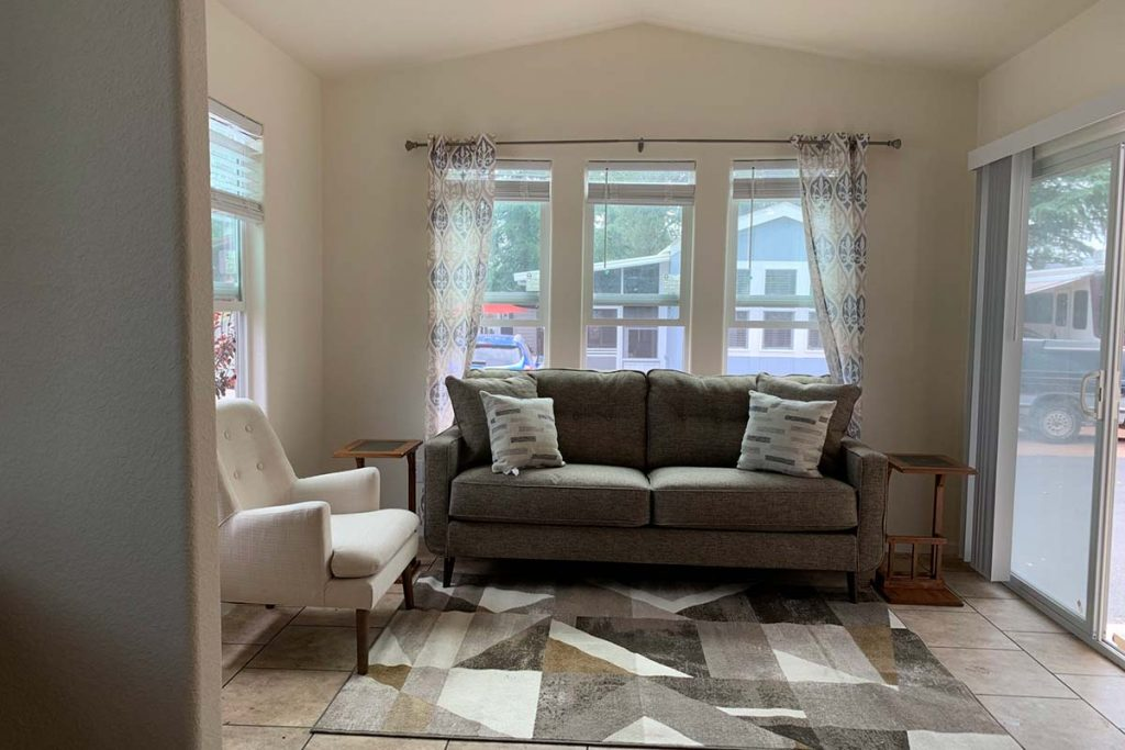 Pineview B-43 living room with bright windows