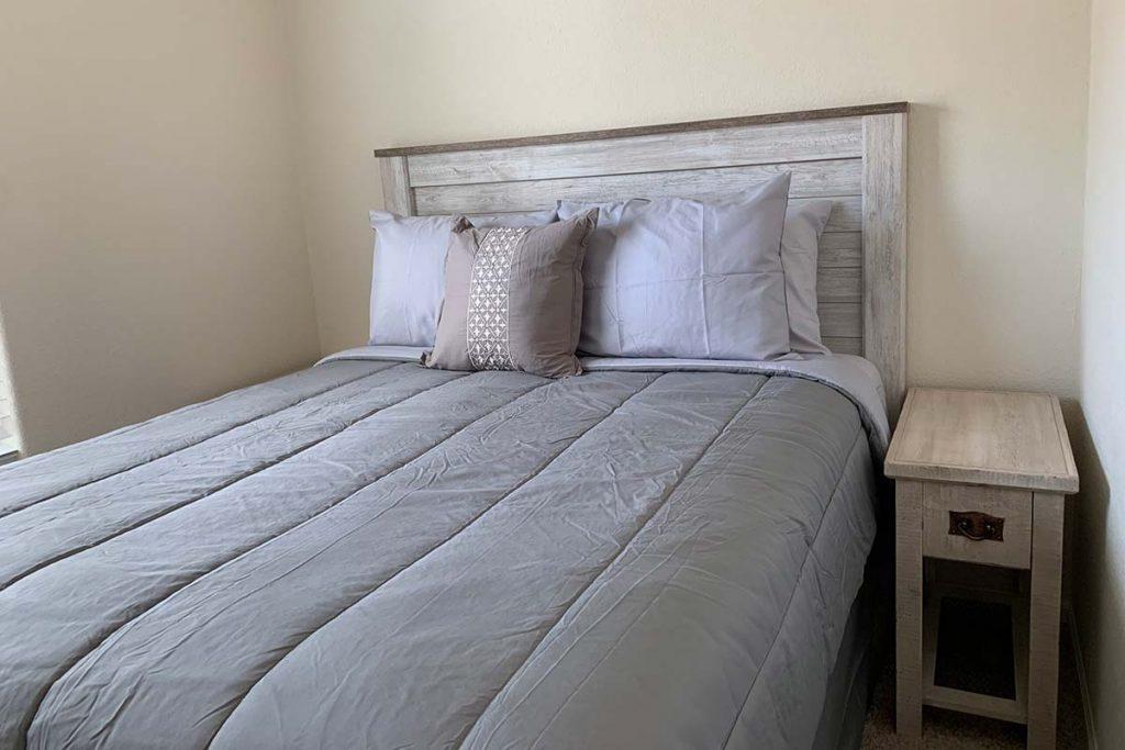 Pineview B-43 bedroom