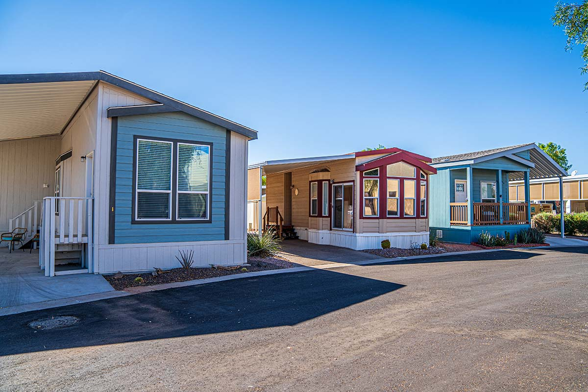 Mobile homes along paved streets at Shiprock RV Resort