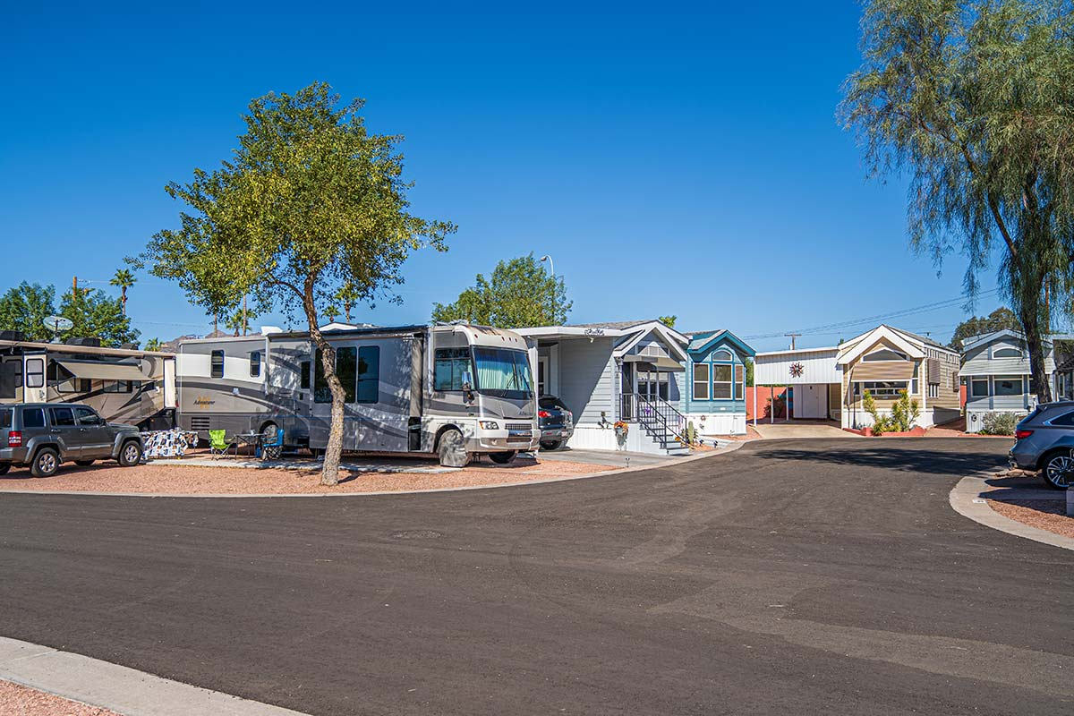 RV and Mobile Homes at Shiprock RV Resort
