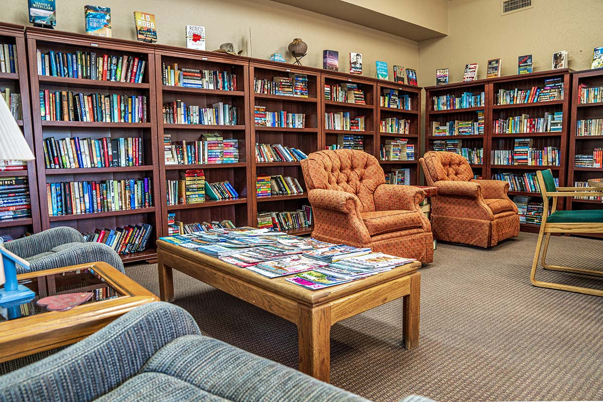Library in Superstition Lookout RV Resort's Clubhouse