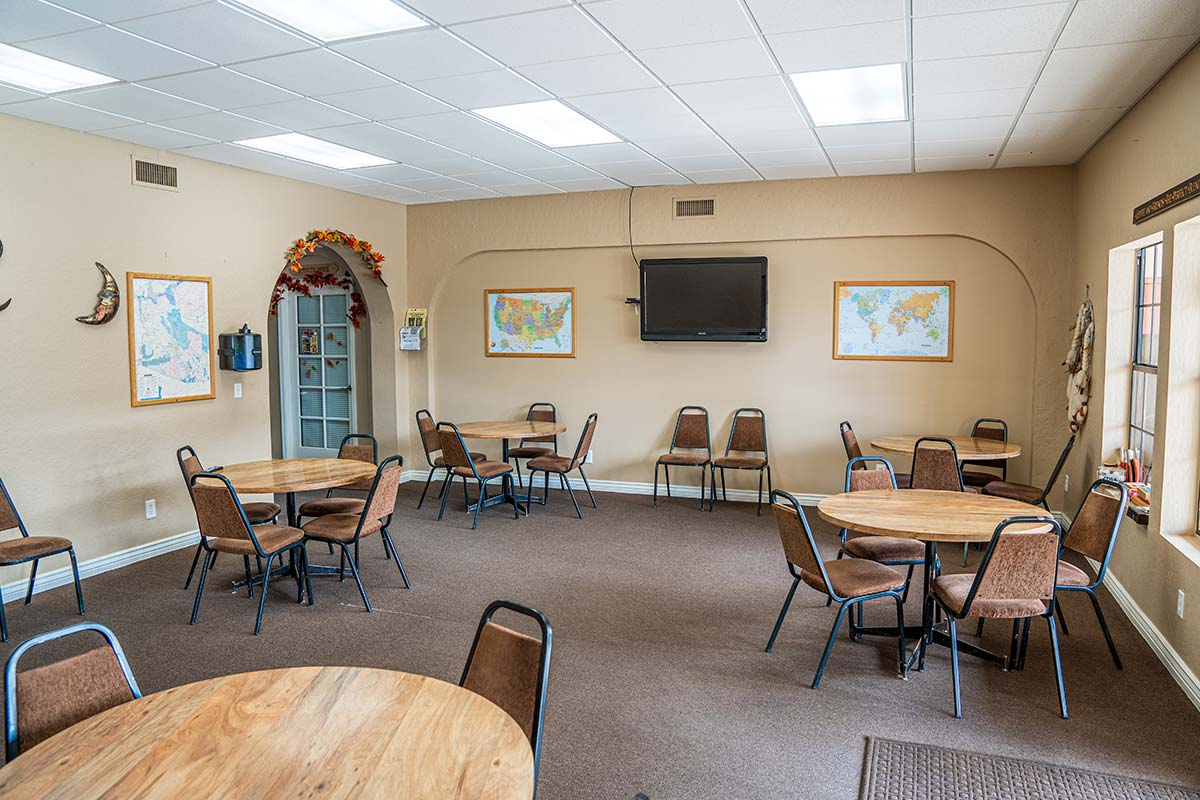 Recreation hall in Superstition Lookout RV Resort's clubhouse