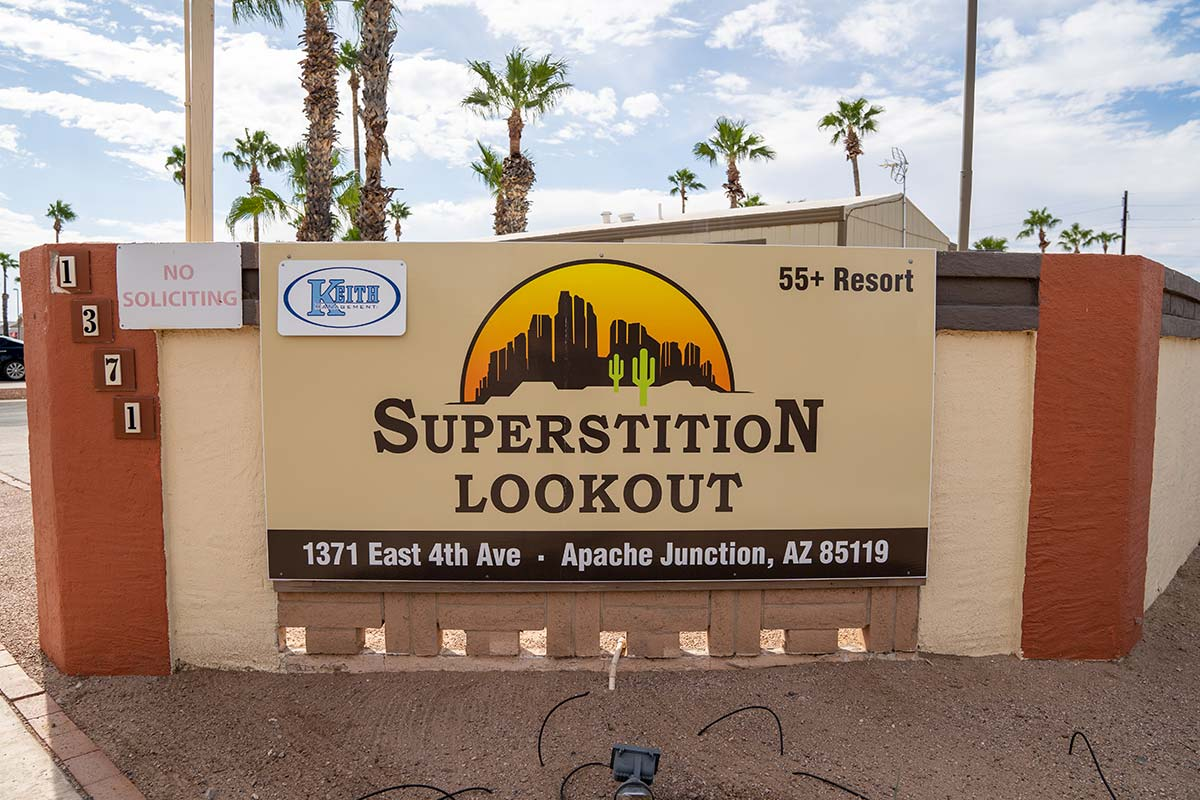Superstition Lookout